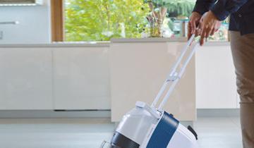 Maniglia verticale e borsa porta accessori Unico